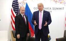Vladimir_Putin_and_Donald_Trump_(2019-06-28)_03